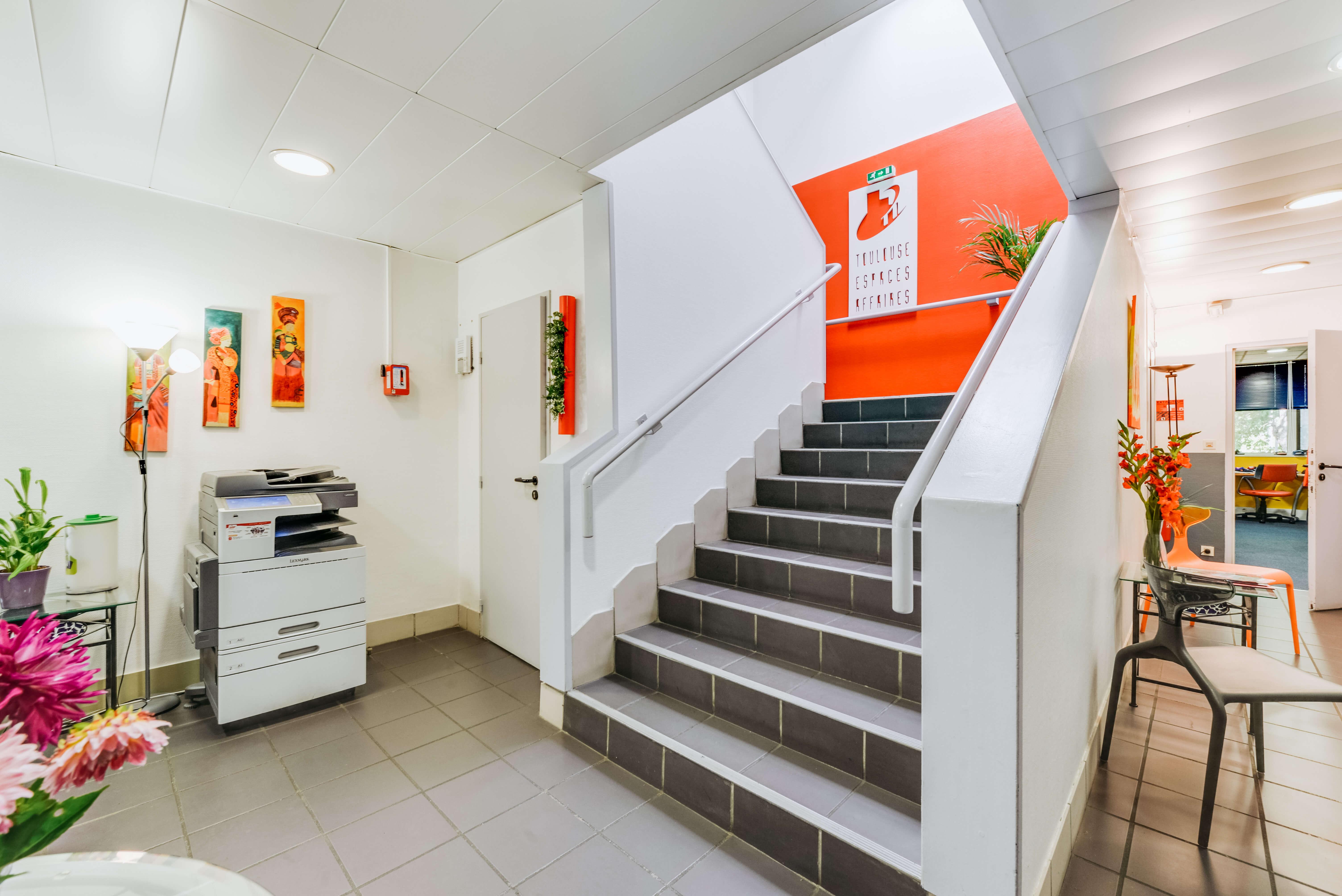 escalier intérieur centre d'affaires toulouse