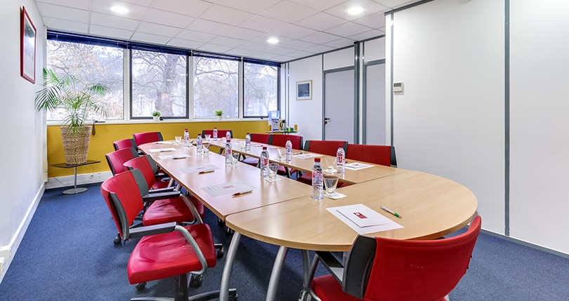 salle de r union quateur lab ge toulouse salle de r union 10 personnes toulouse espaces affaires. Black Bedroom Furniture Sets. Home Design Ideas