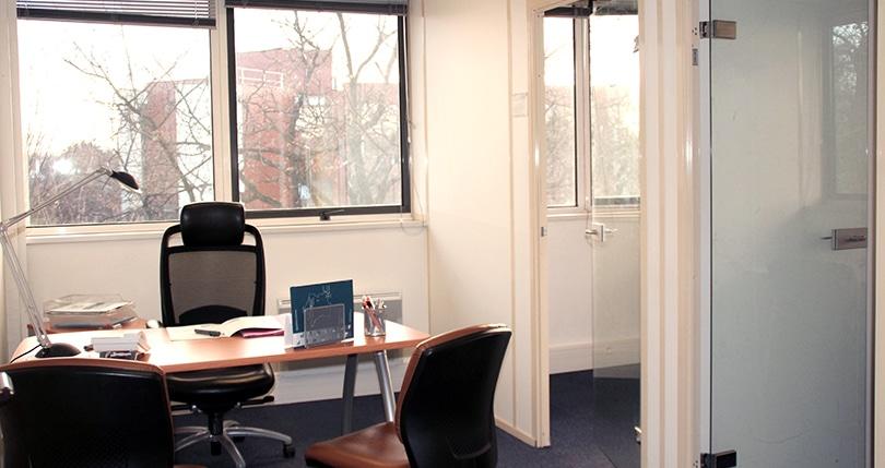 Bureau 3 personnes à louer toulouse labège toulouse espaces affaires