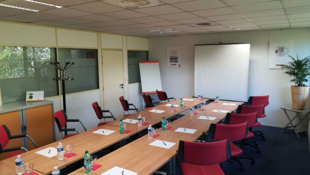salle de reunion labege 15 personnes